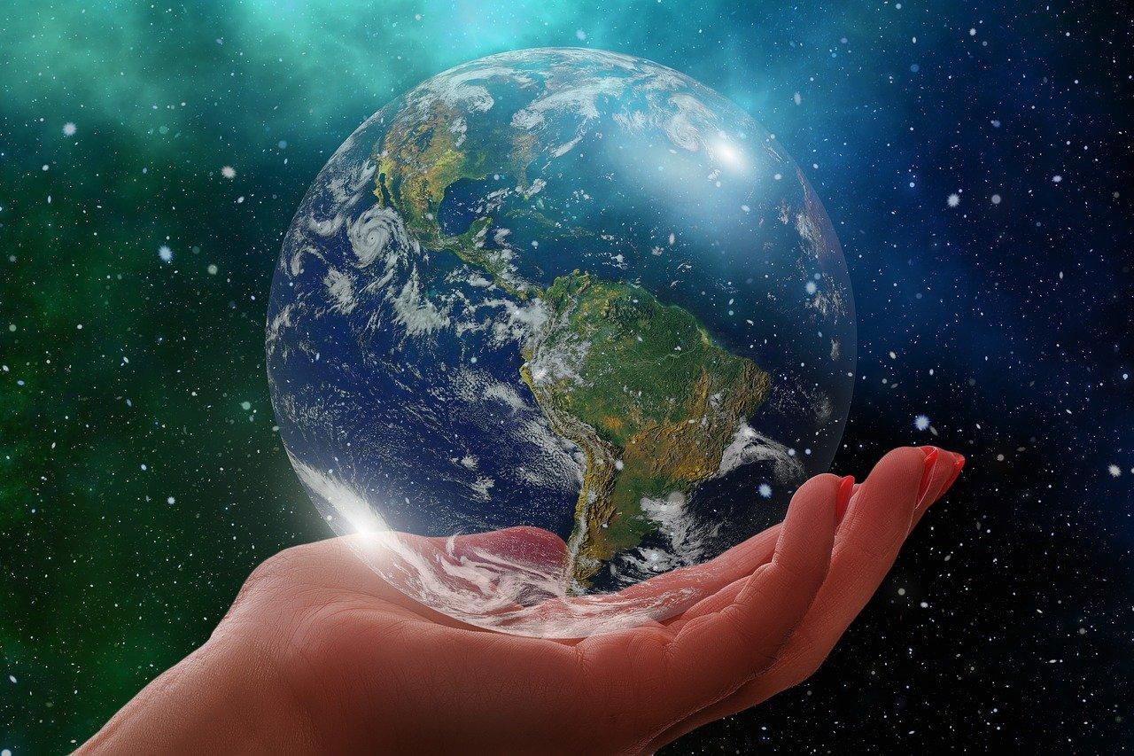Unsere Erde 2020,, in festen Händen von Covid-19
